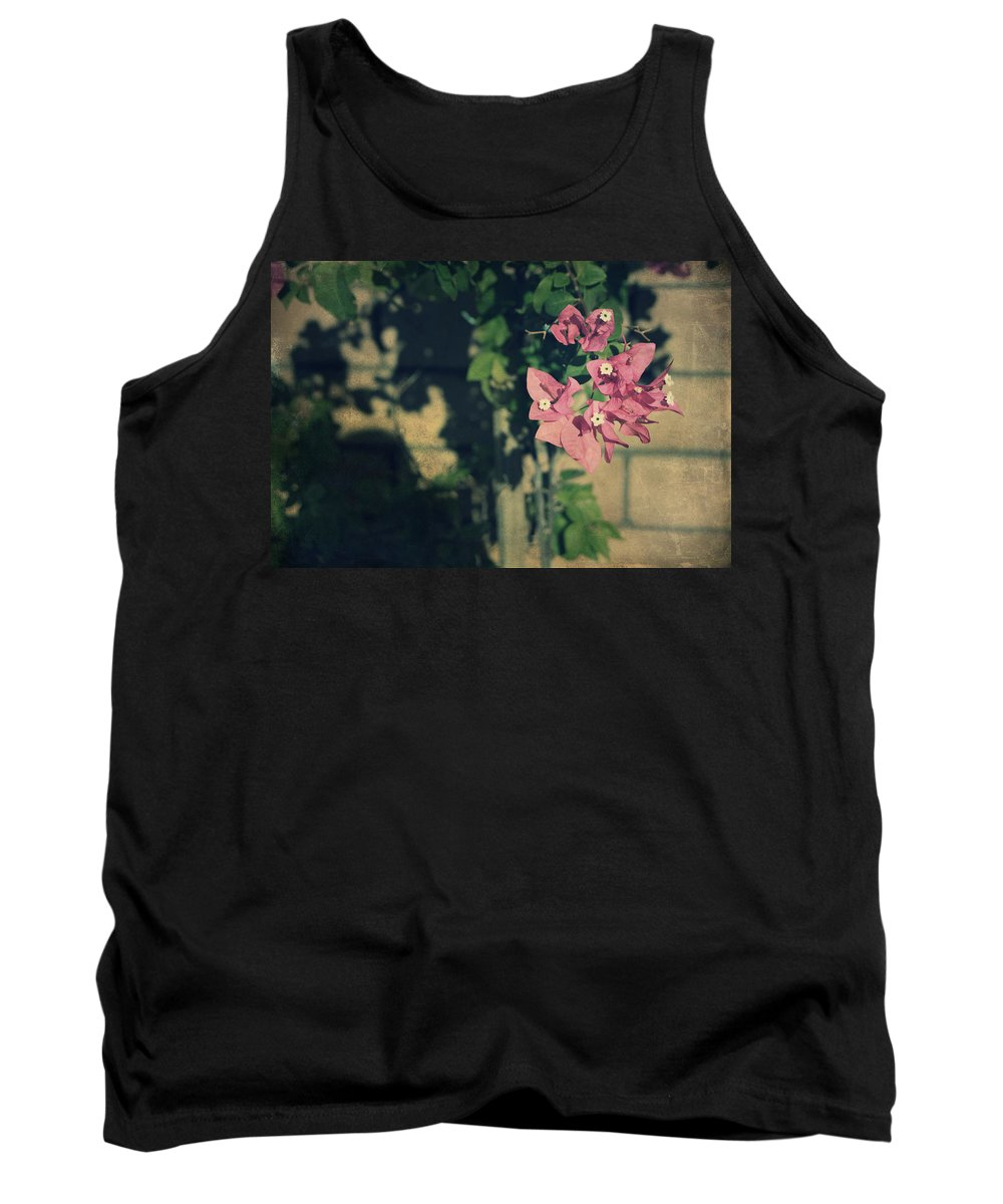 Flowers Tank Top featuring the photograph Memories Like Fingerprints by Laurie Search