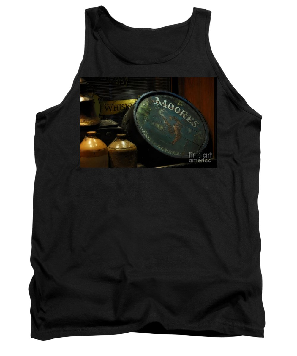 Moore's Tavern After Closing Tank Top featuring the photograph Moore's Tavern After Closing by Mary Machare