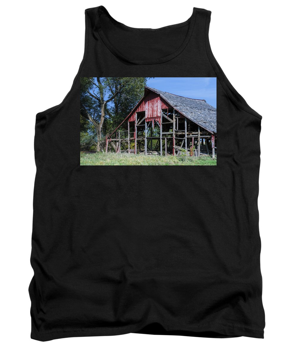 Barns Tank Top featuring the photograph Needs Some Work by Edward Peterson