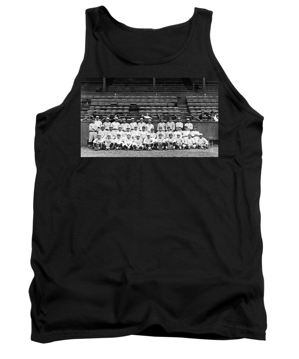 1921 Tank Top featuring the photograph New York Yankees, C1921 by Granger