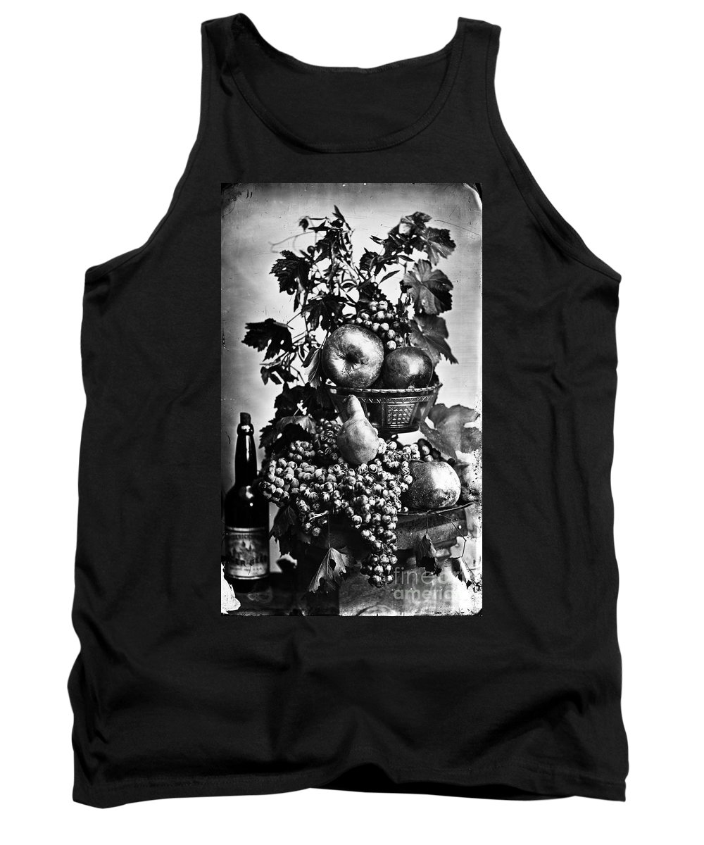 19th Century Tank Top featuring the photograph Oregon: Wine & Grapes by Granger