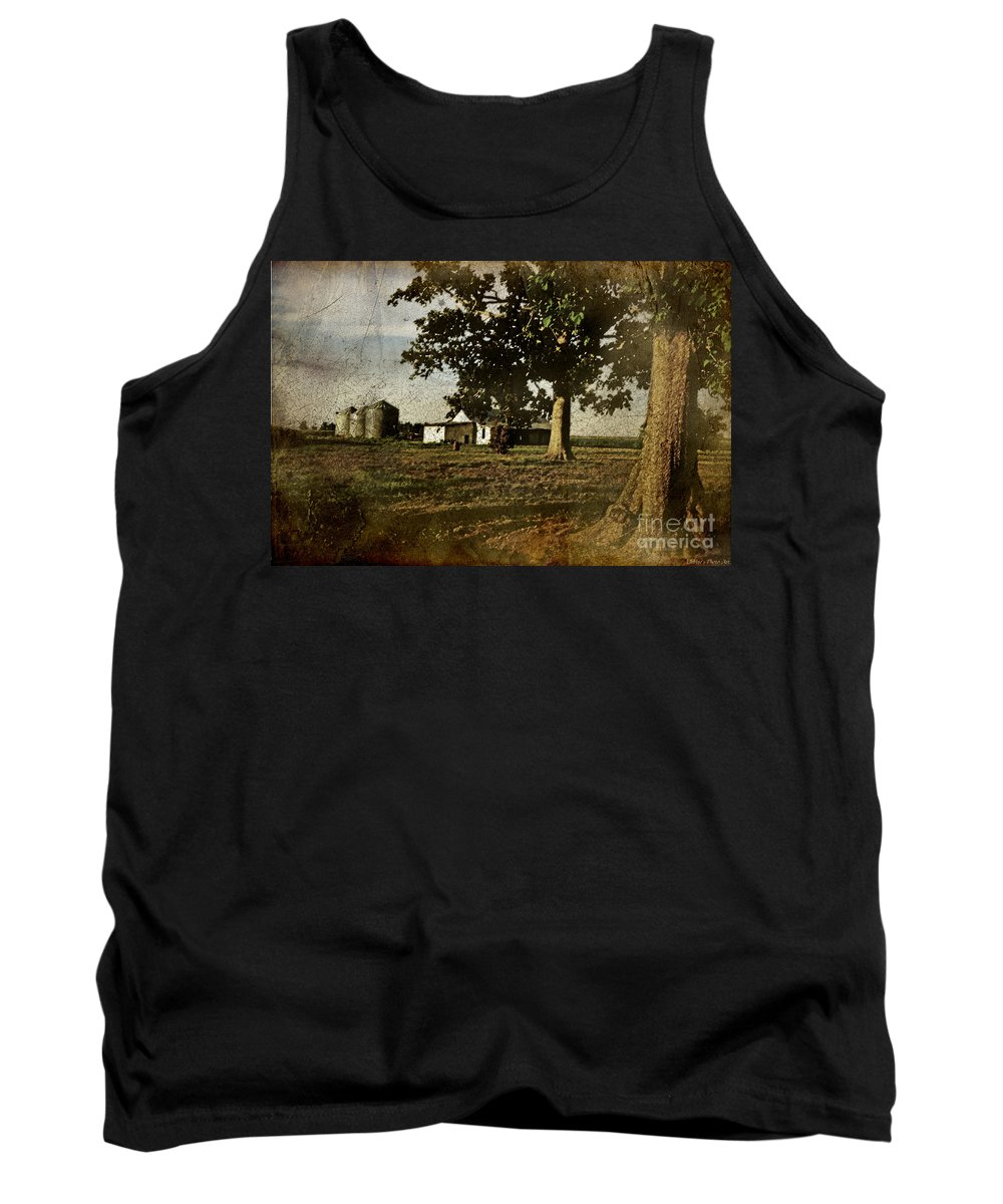 Landscape Tank Top featuring the photograph The Old Home Place by Debbie Portwood