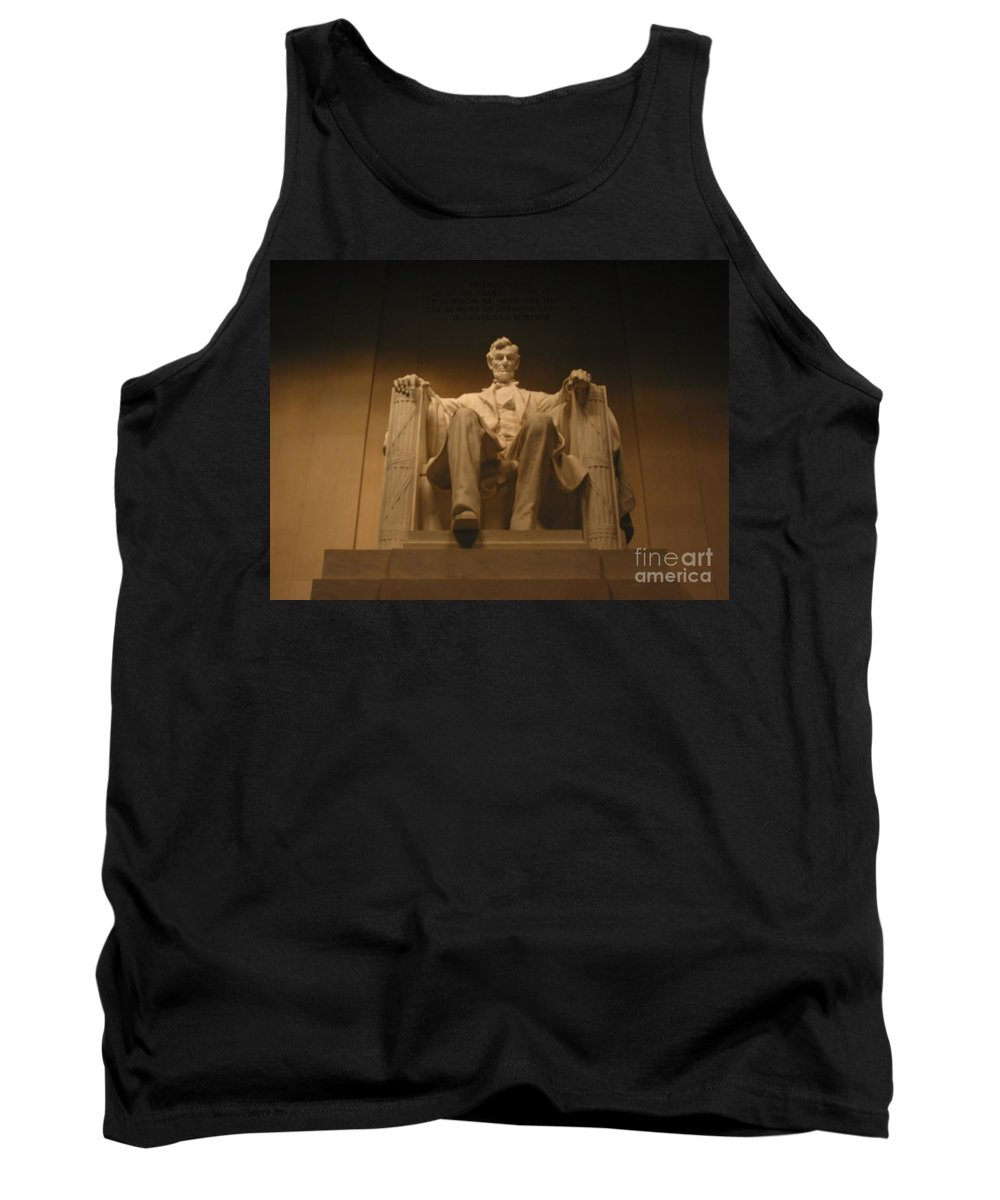 Abraham Lincoln Tank Top featuring the painting Lincoln Memorial by Brian McDunn
