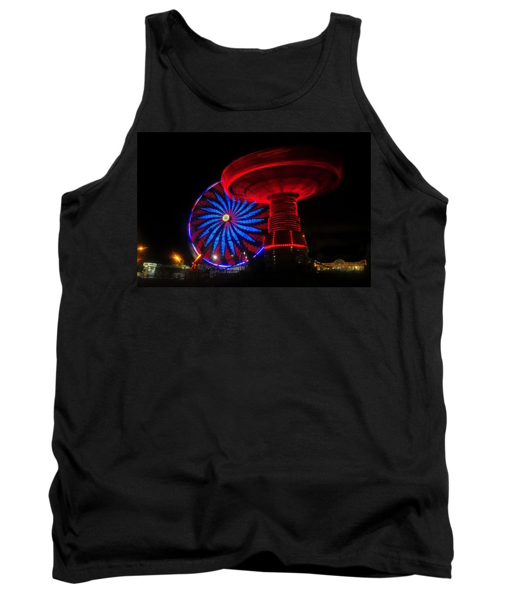 Florida State Fair Tank Top featuring the photograph Red Wheels by David Lee Thompson