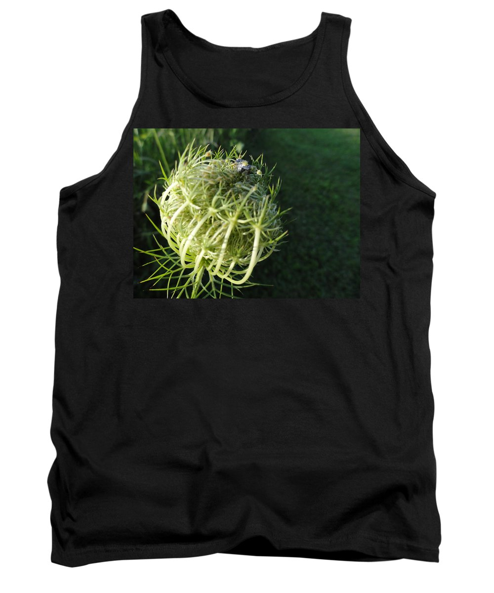 Tank Top featuring the photograph The Queen Is Home by Trish Hale