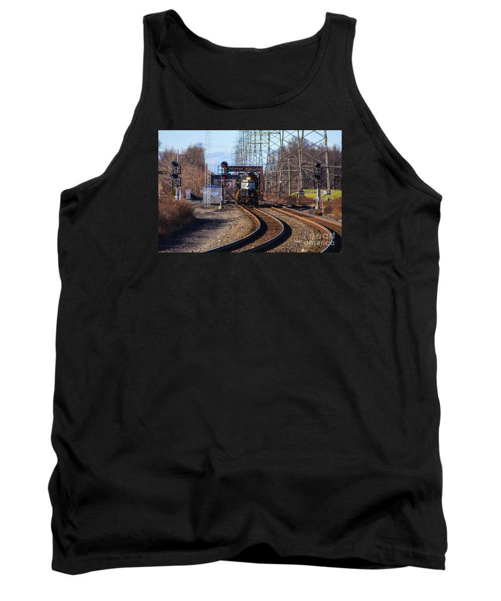 This Is The Norfolk Southern 5664 Heading Its Way Past The Bound Brook Train Station Tank Top featuring the photograph 5664 Norfolk Southern Engine by William Rogers