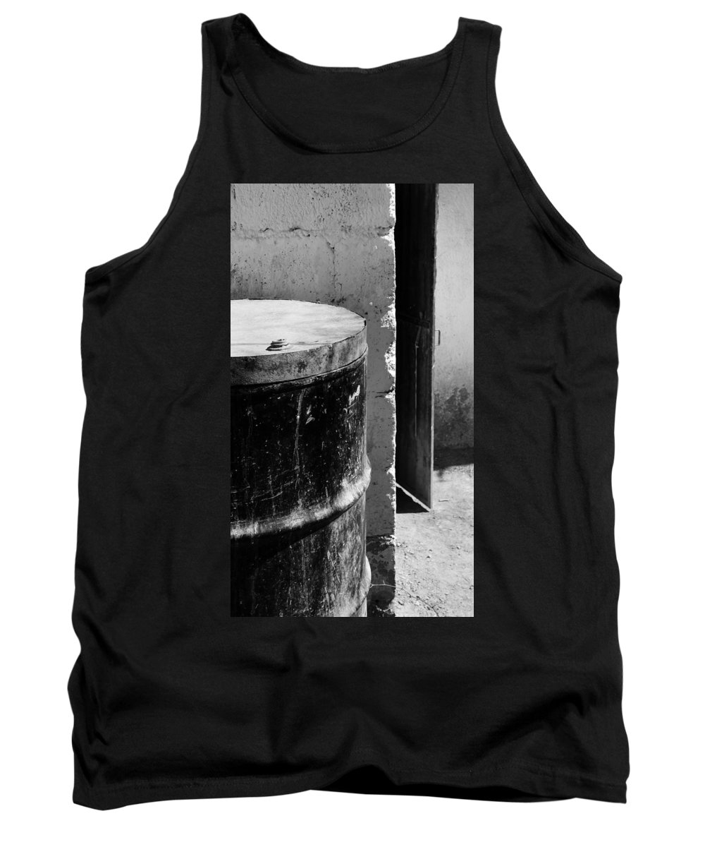 Skip Hunt Tank Top featuring the photograph Agua by Skip Hunt