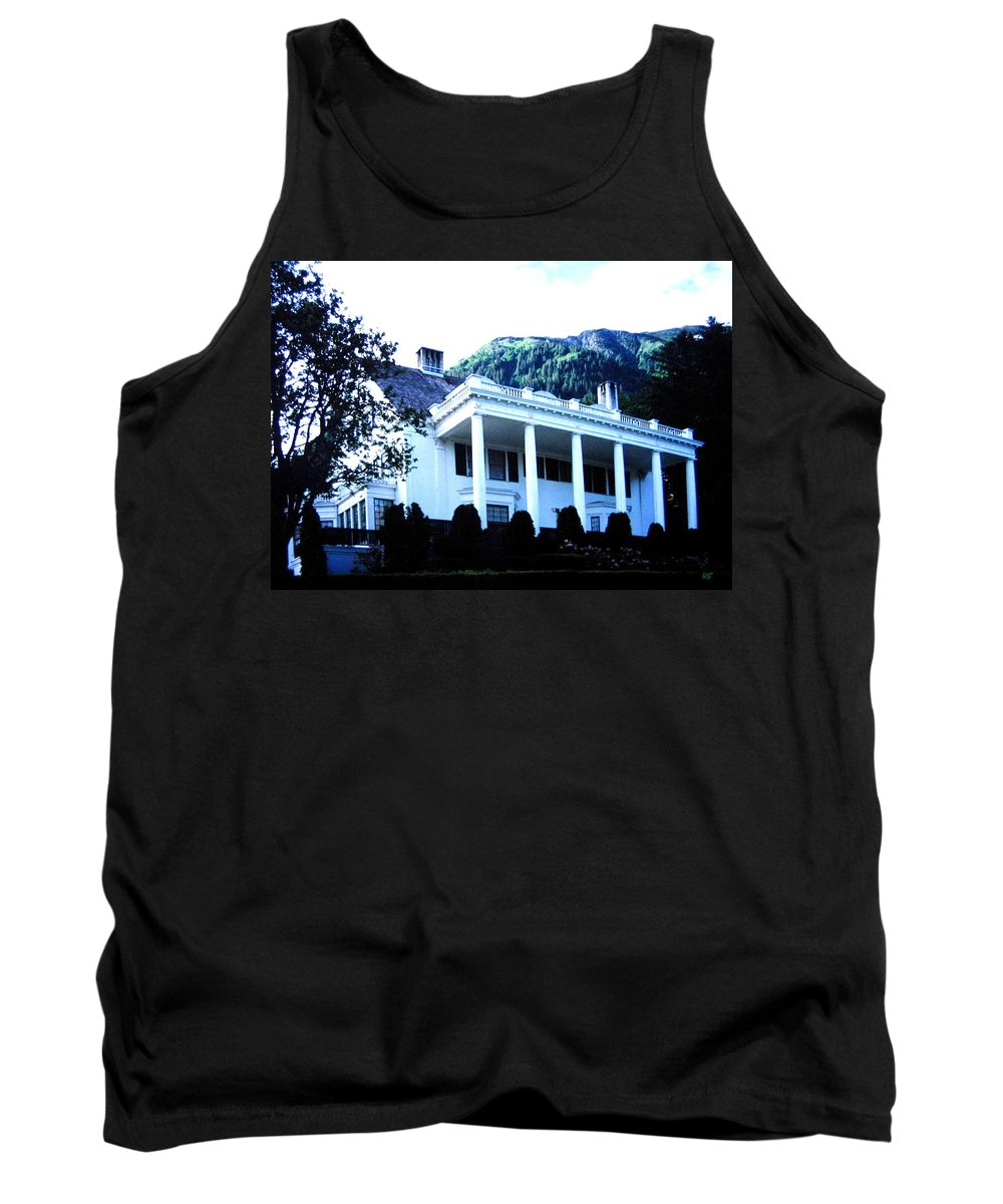 Alaska Tank Top featuring the photograph Alaska Governors Mansion by Will Borden