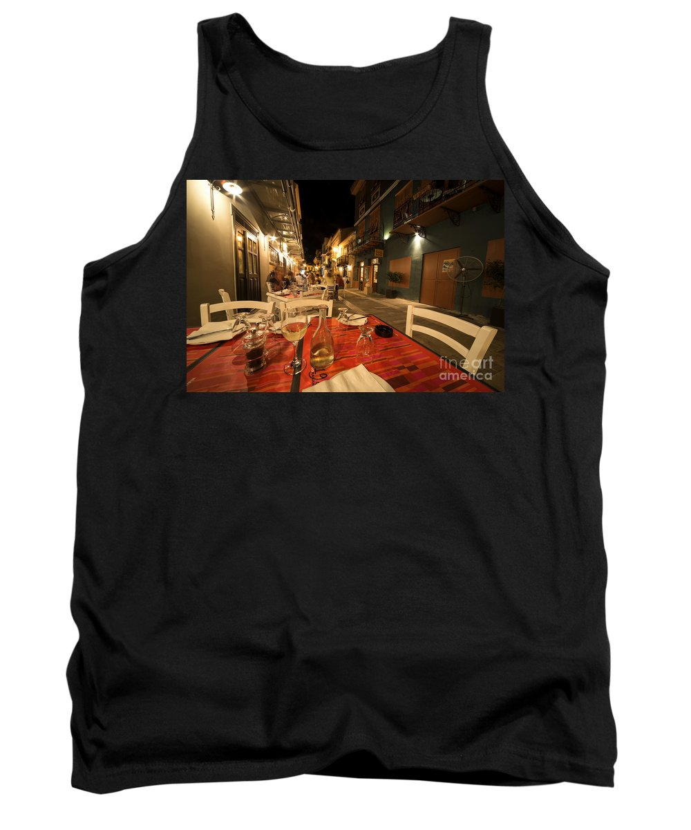 Alfresco Tank Top featuring the photograph Alfresco by Rob Hawkins
