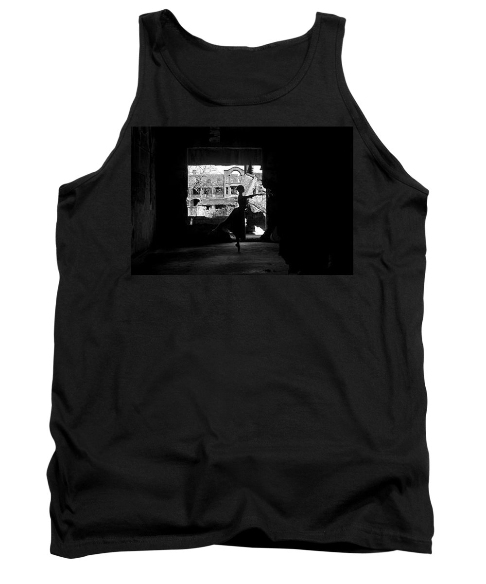Ballet Dancer Tank Top featuring the photograph Ballet Dancer10 by George Cabig