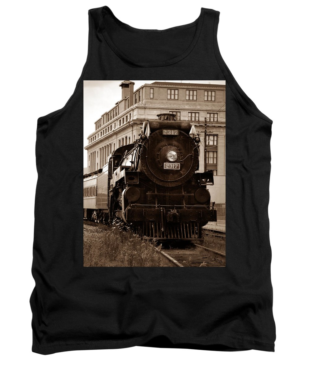 Canadian Pacific Railway Tank Top featuring the photograph Big Boy... by Arthur Miller