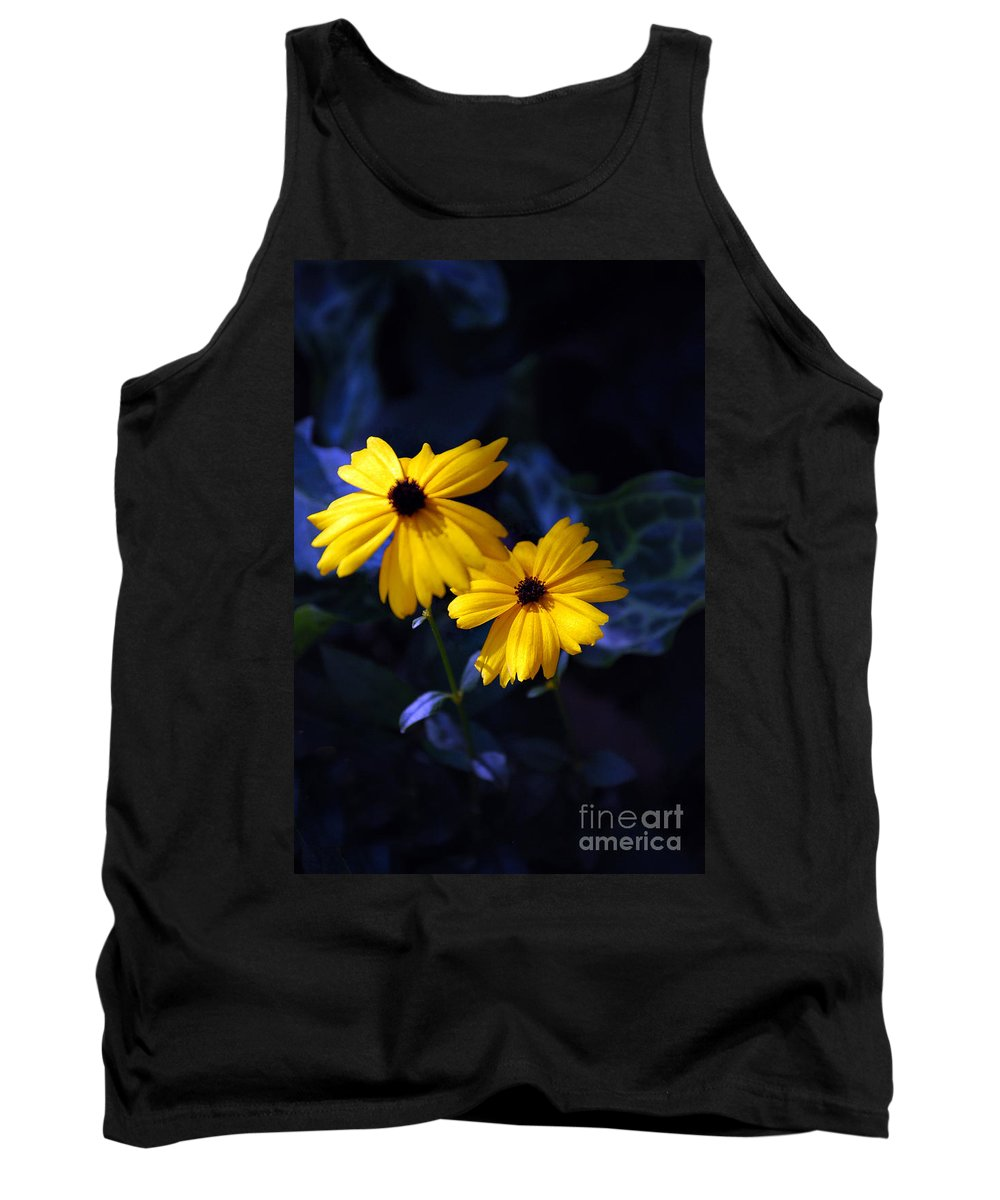 Pictures Of Flowers Tank Top featuring the photograph Black Eyes by Skip Willits