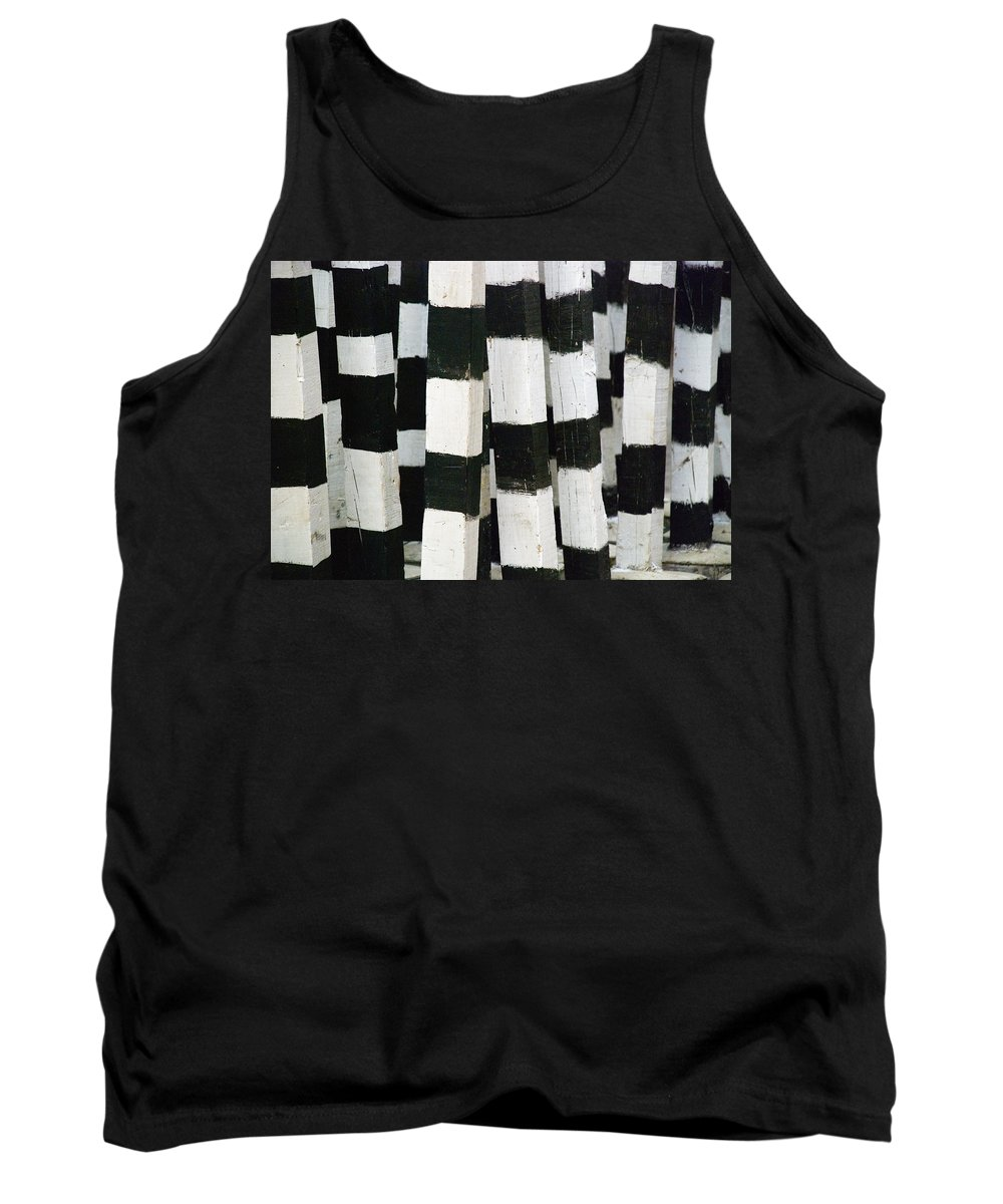 Skip Hunt Tank Top featuring the photograph Blanco Y Negro by Skip Hunt