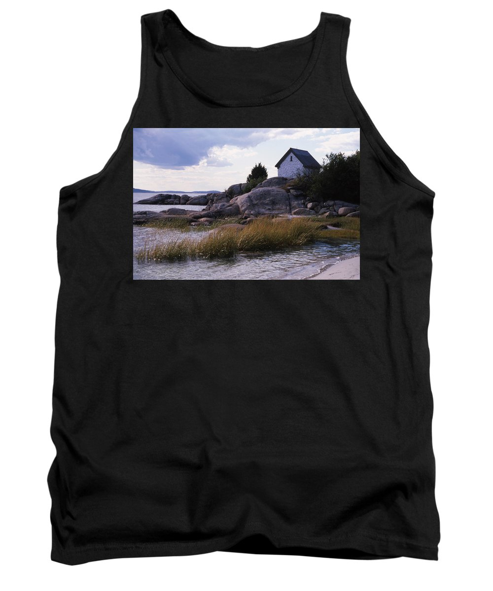 Landscape Beach Storm Tank Top featuring the photograph Cnrf0909 by Henry Butz