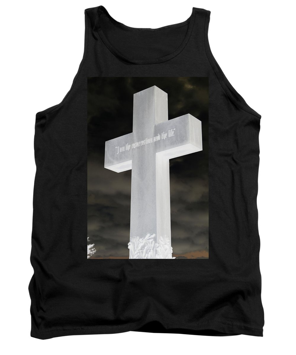 Statue Tank Top featuring the photograph Cross Your Statues by Erin Rosenblum
