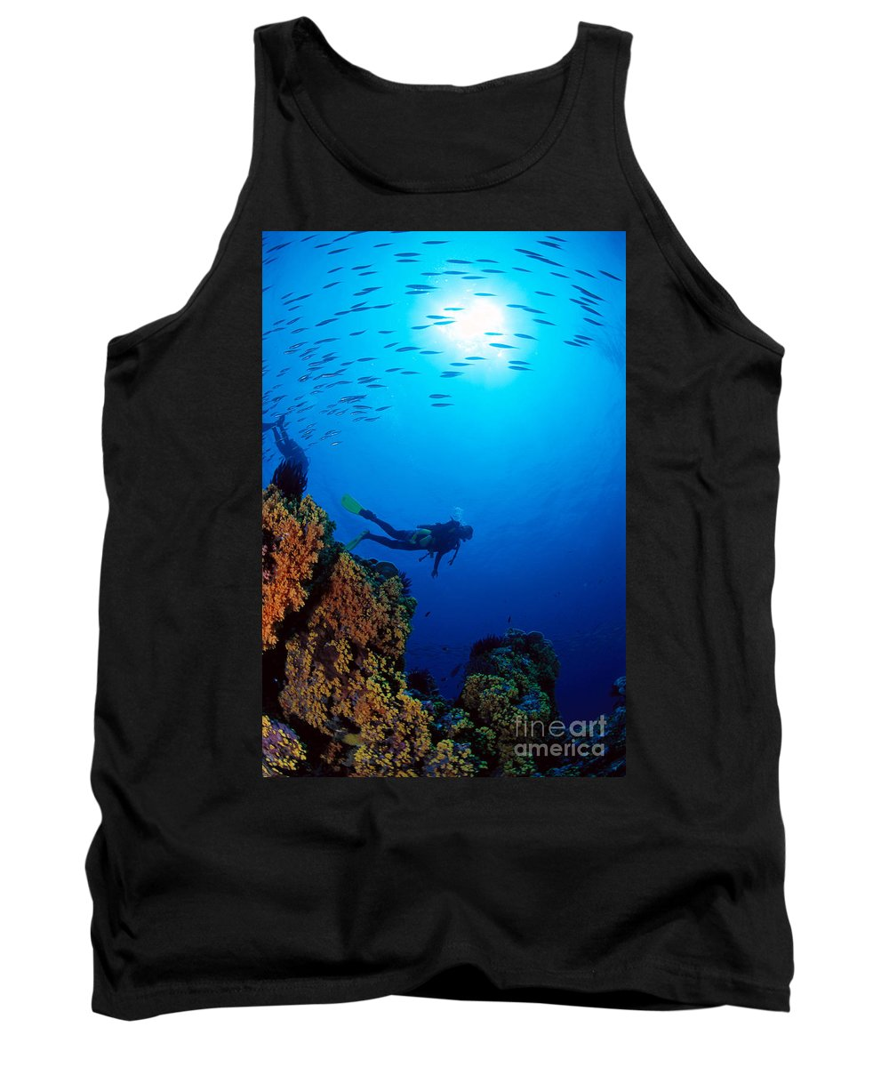 Bubble Tank Top featuring the photograph Diving Scene by Ed Robinson - Printscapes