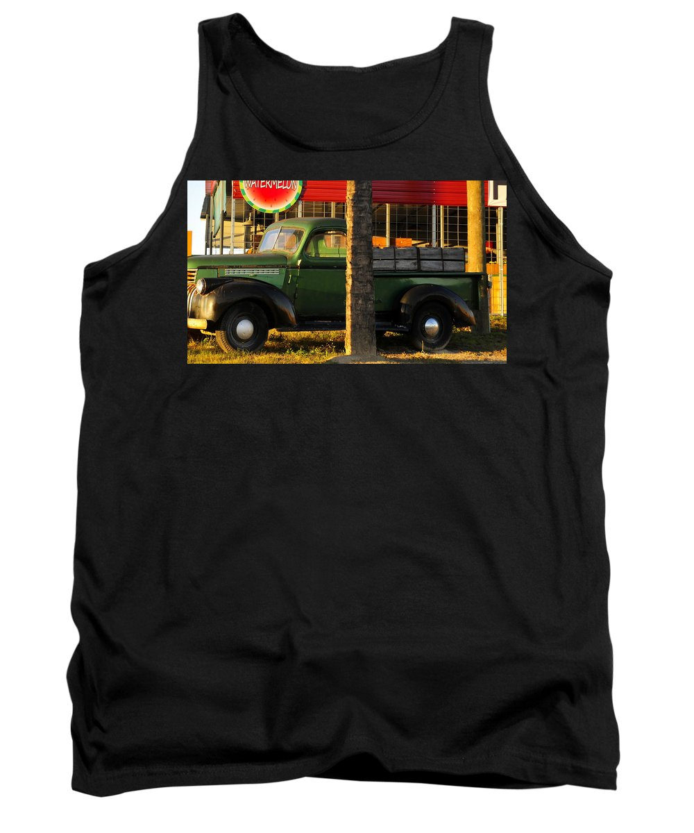 Farmers Market Tank Top featuring the photograph Farmers Market by David Lee Thompson