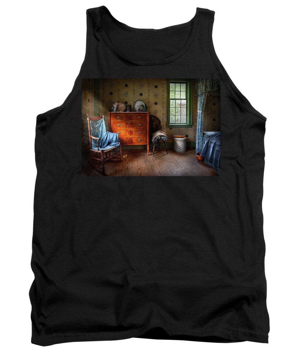Hdr Tank Top featuring the photograph Furniture - Chair - American Classic by Mike Savad