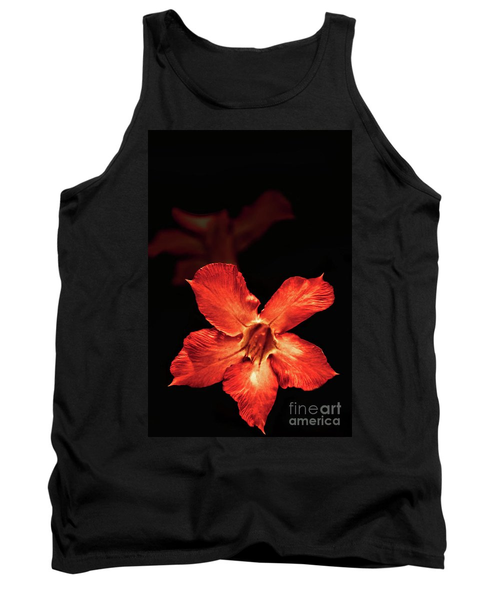 Flower Tank Top featuring the photograph Glowing Silence by Charuhas Images
