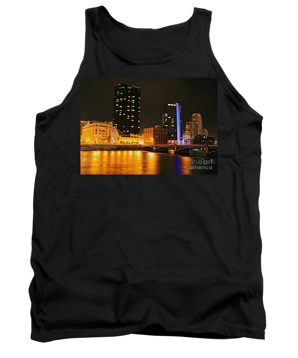 Grand Rapids Mi City Scapes Tank Top featuring the photograph Grand Rapids Mi Under The Lights-2 by Robert Pearson