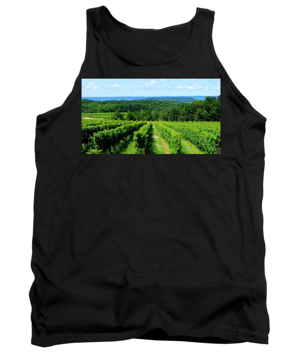 Scenic Tank Top featuring the photograph Grapevines On Old Mission Peninsula - Traverse City Michigan by Michelle Calkins