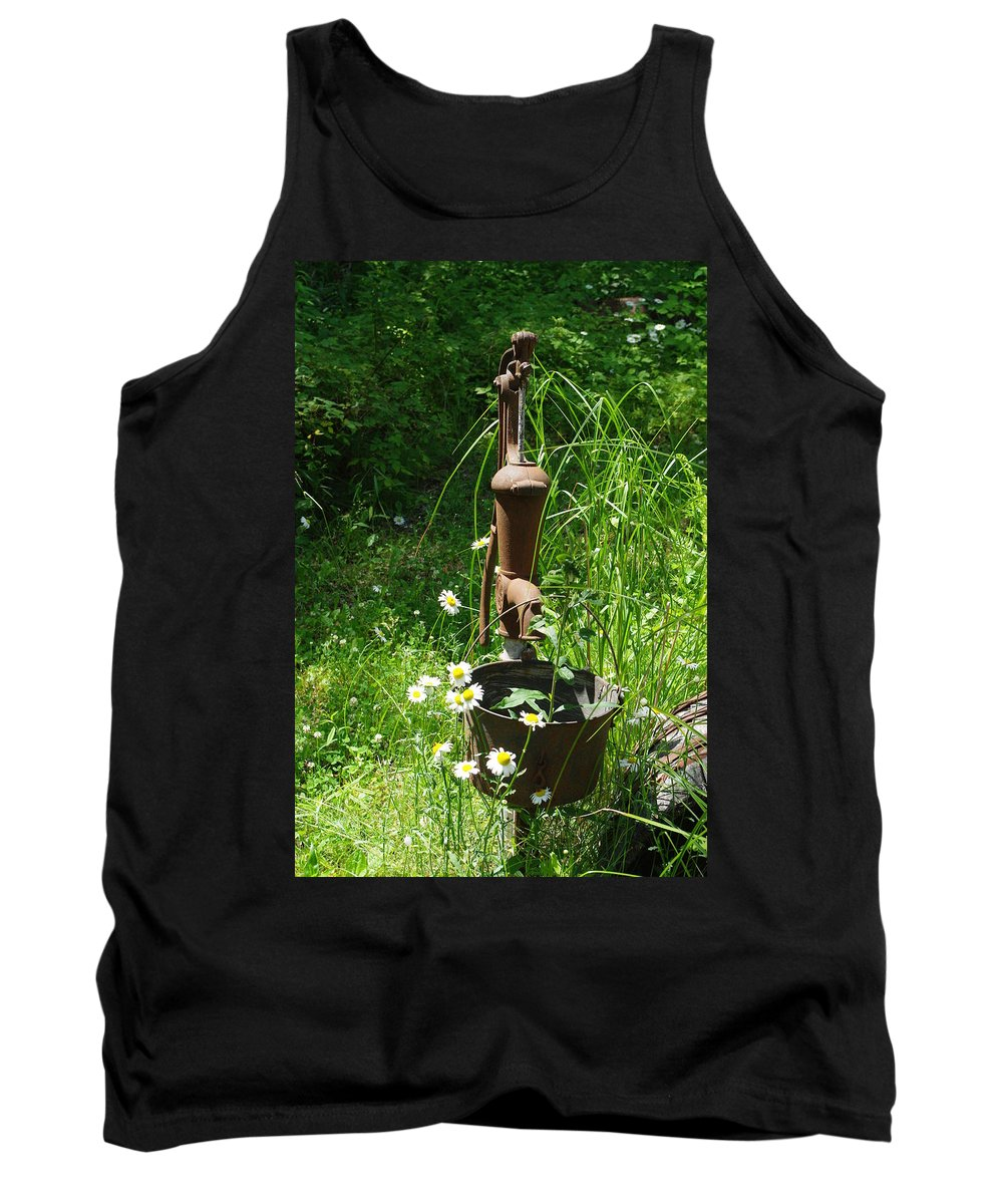 Pump Tank Top featuring the photograph Hand Pump In The Spring by Alice Markham