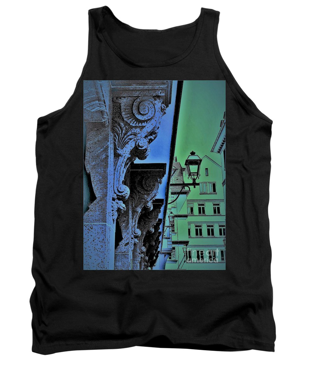 Frankfurt Tank Top featuring the photograph Historic District by Leonore VanScheidt