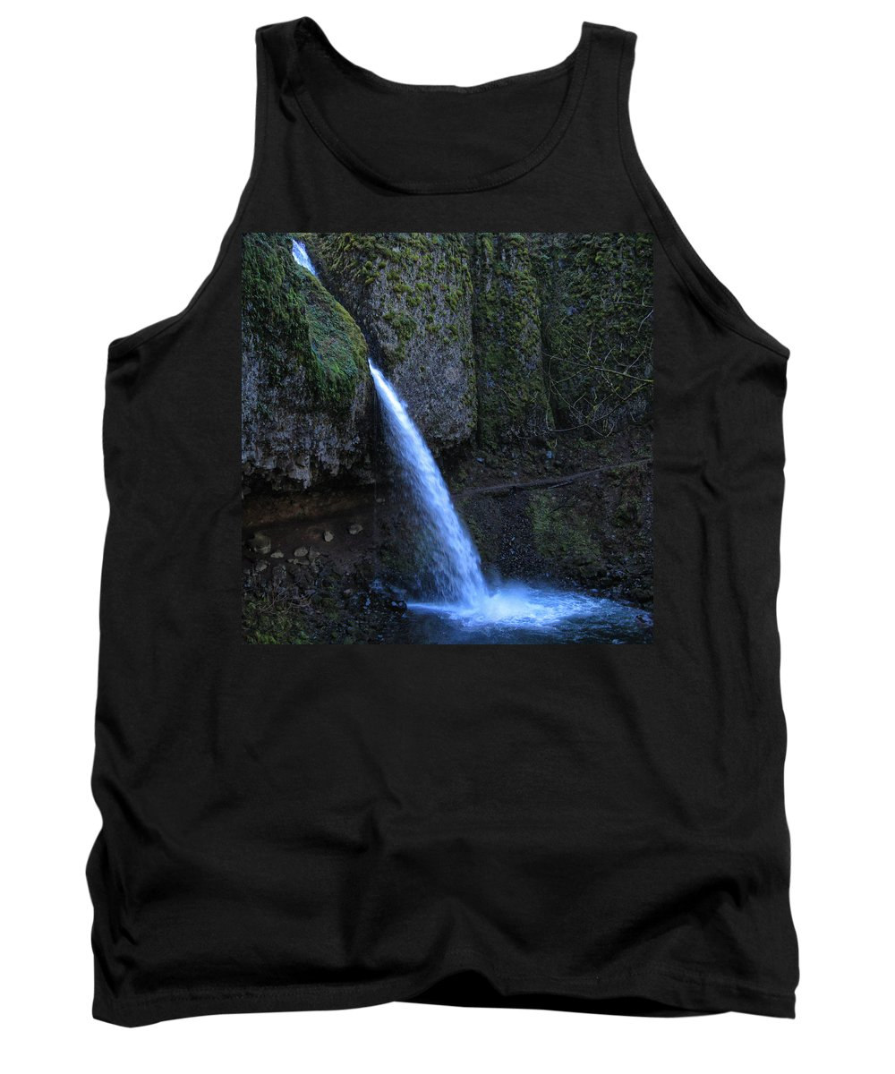 Clearwater Falls Tank Top featuring the photograph Horsetail Falls 1 by Ingrid Smith-Johnsen