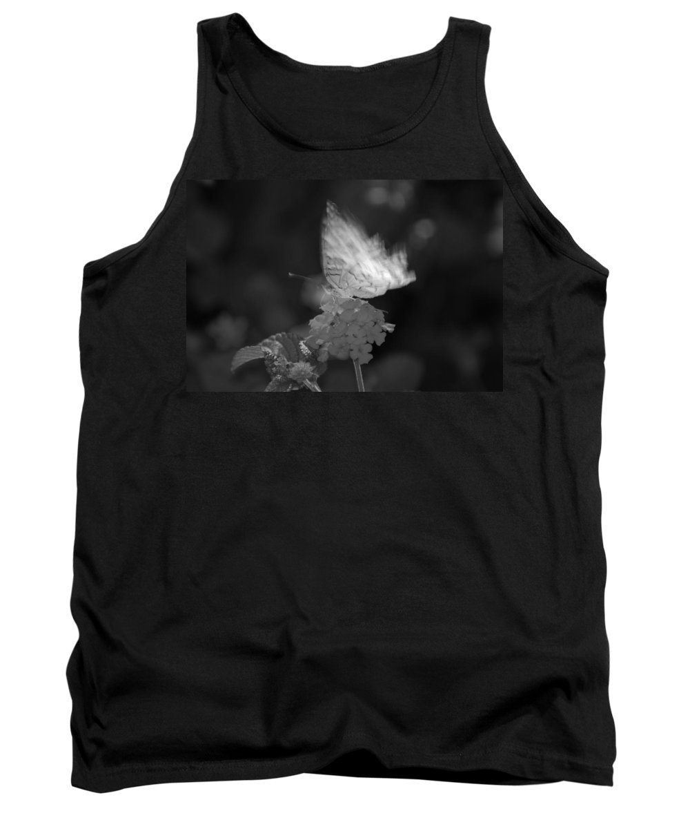 Black And White Tank Top featuring the photograph In Motion by Rob Hans