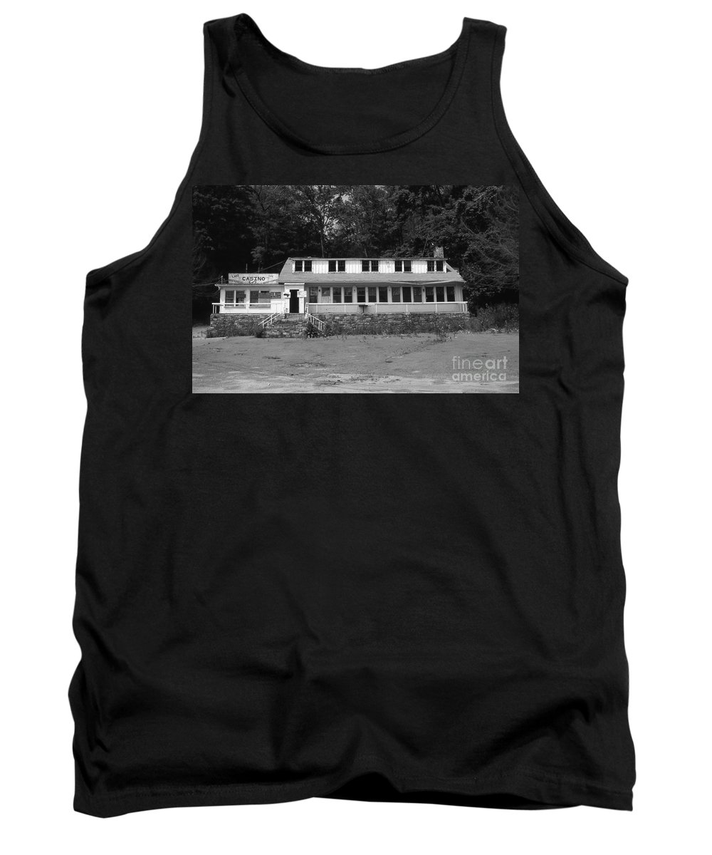 Connecticut Tank Top featuring the photograph Lake Waramaug Casino by Richard Rizzo
