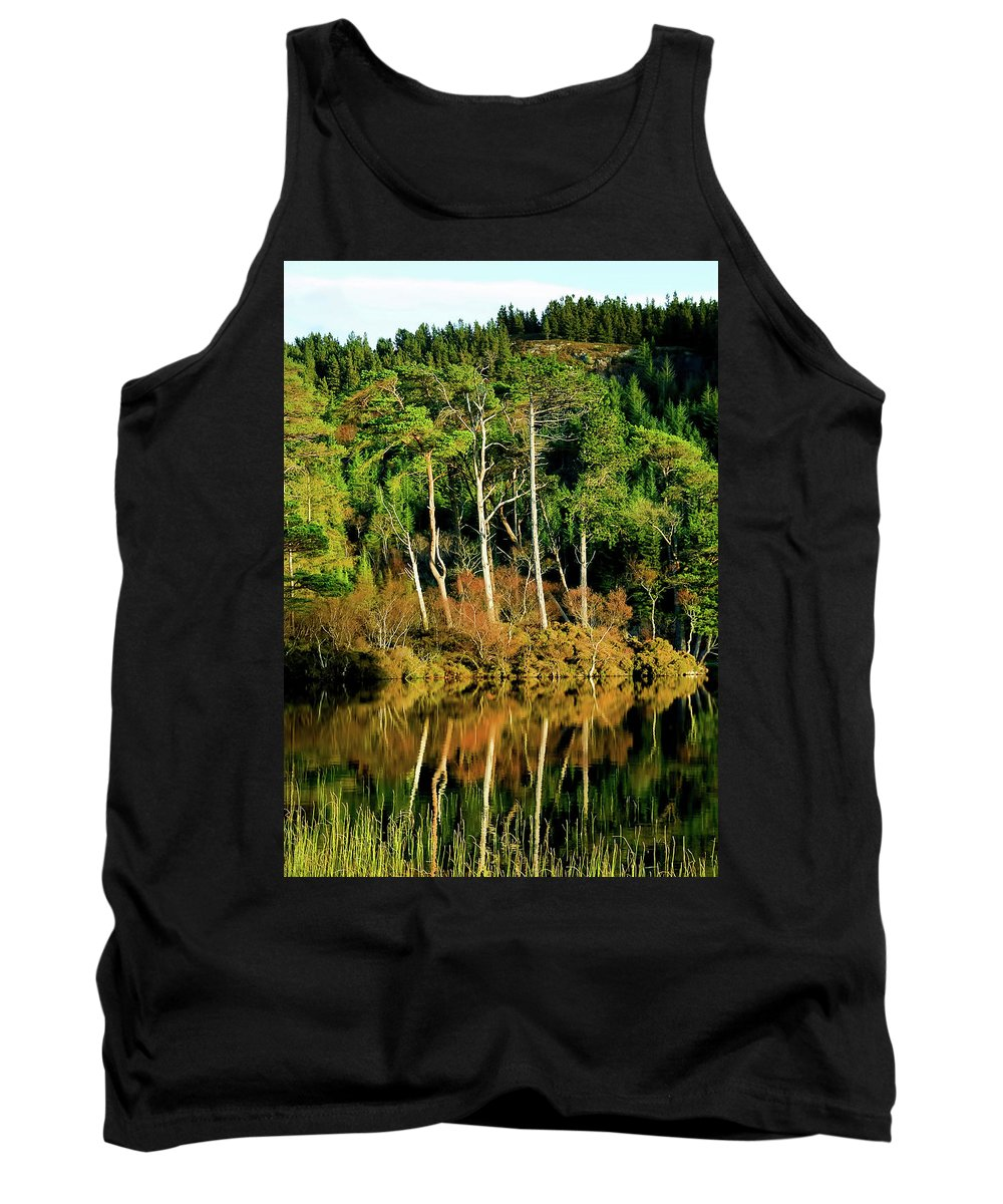 Plockton Tank Top featuring the photograph Loch Lundie by Smart Aviation