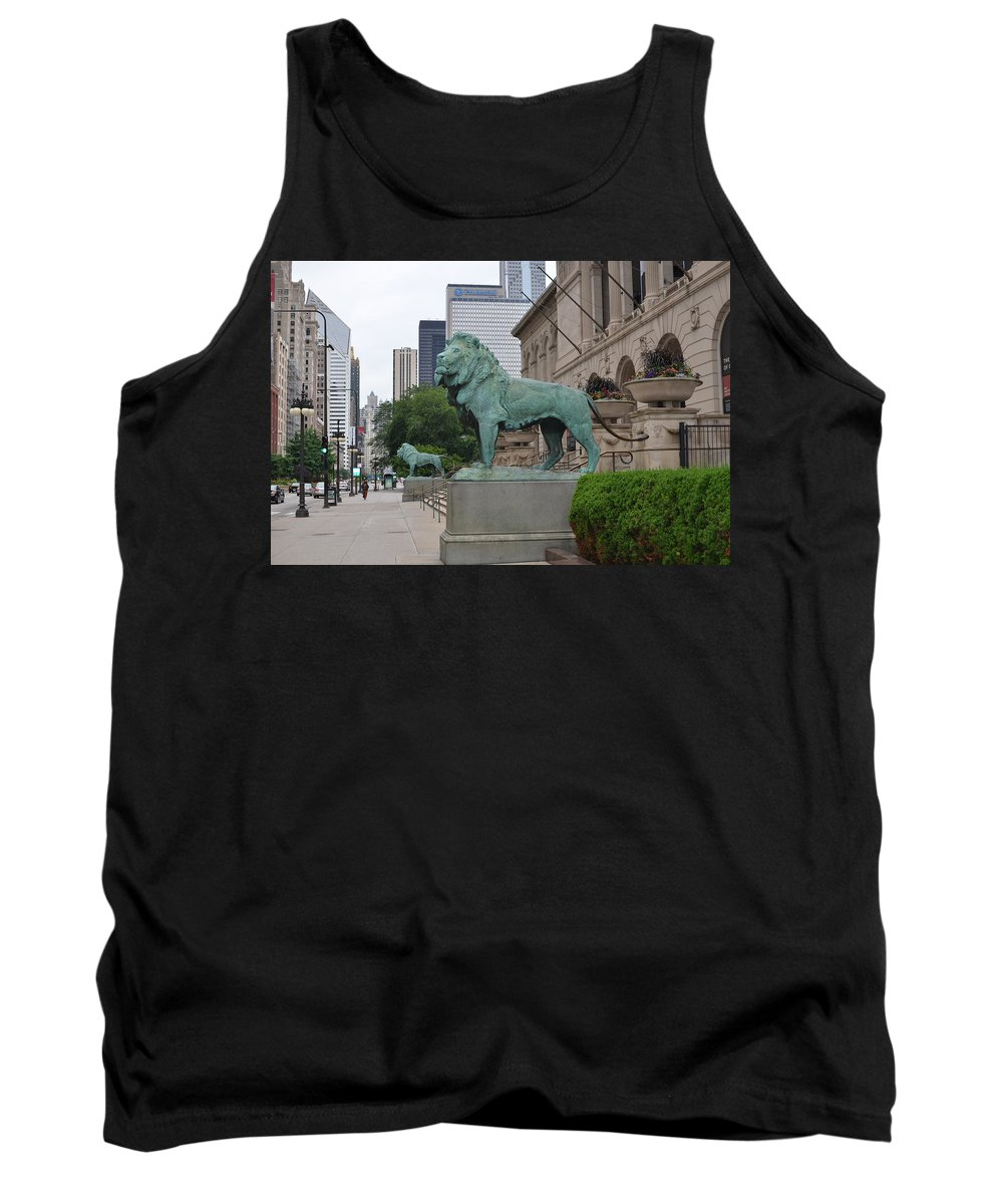 Chicago Art Institute Tank Top featuring the photograph Looking Down Michigan Avenue by Tammy Mutka
