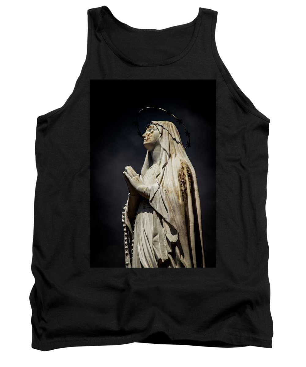 Statue Tank Top featuring the photograph Mary by Ed Ostrander