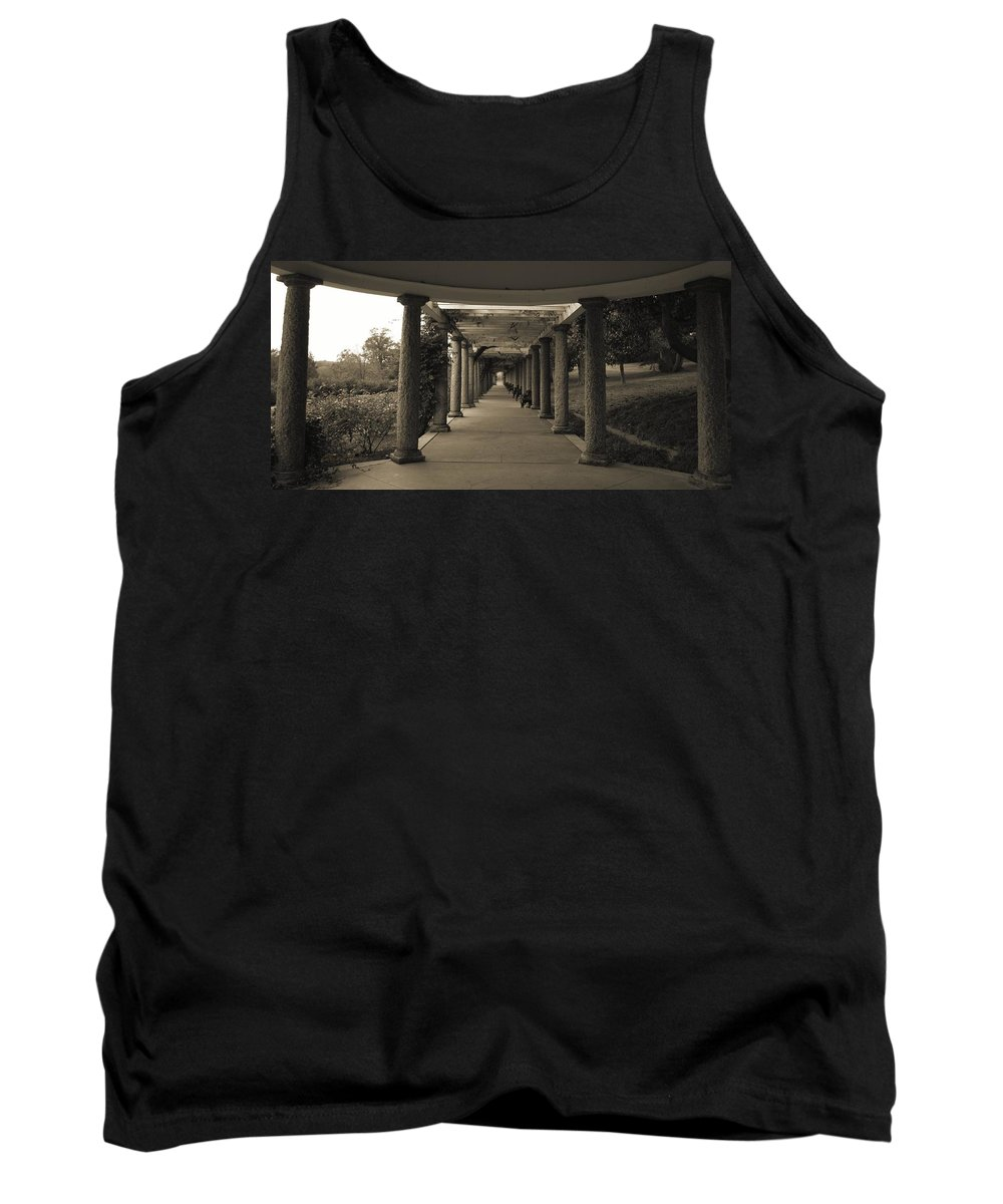 Maymont Tank Top featuring the photograph Maymont's Italian Garden by Tina Meador