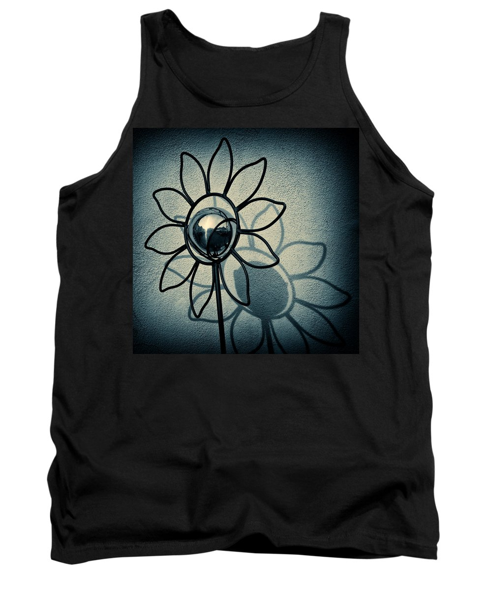 Sunflower Tank Top featuring the photograph Metal Flower by Dave Bowman
