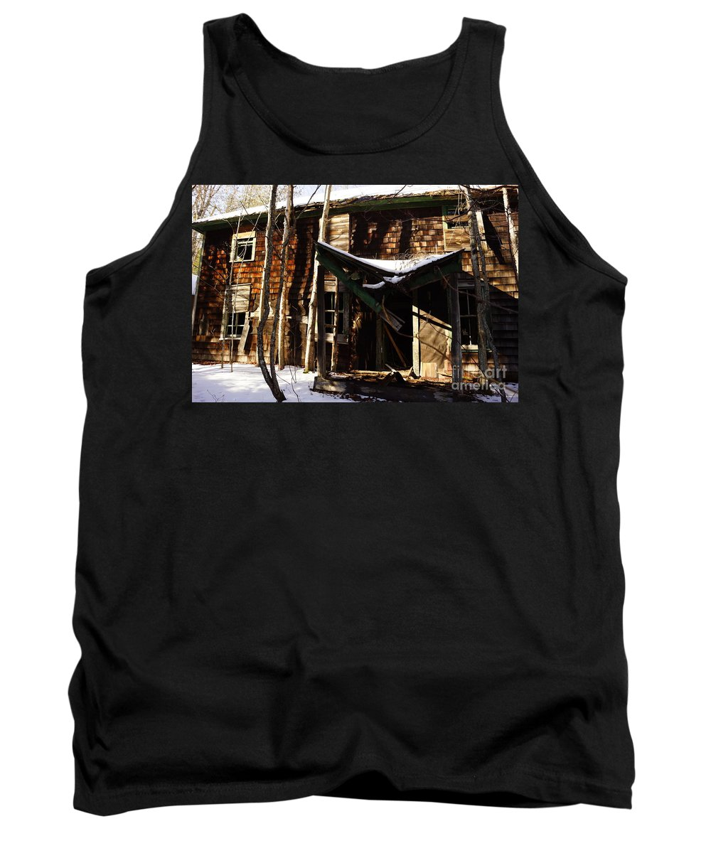 Barns Tank Top featuring the photograph Needs A Little Work by Jeffery L Bowers