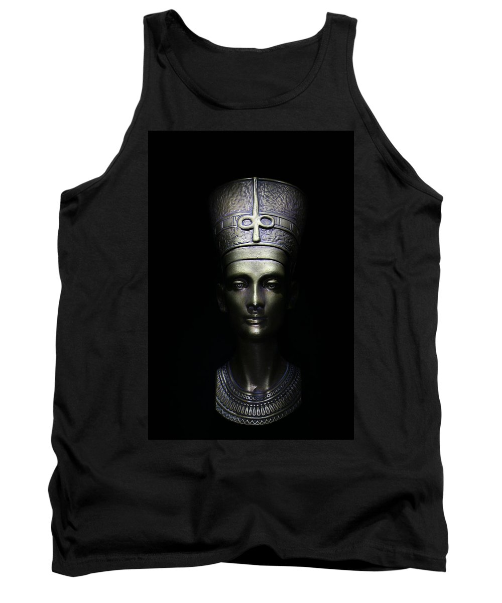 Queen Tank Top featuring the photograph Nefertiti by One Rude Dawg Orcutt