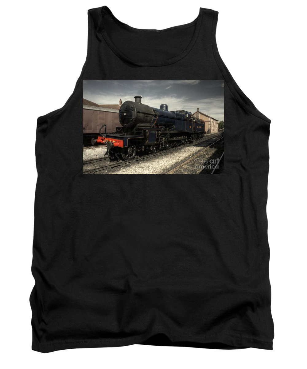 Somerset Tank Top featuring the photograph No 88 At Minehead by Rob Hawkins