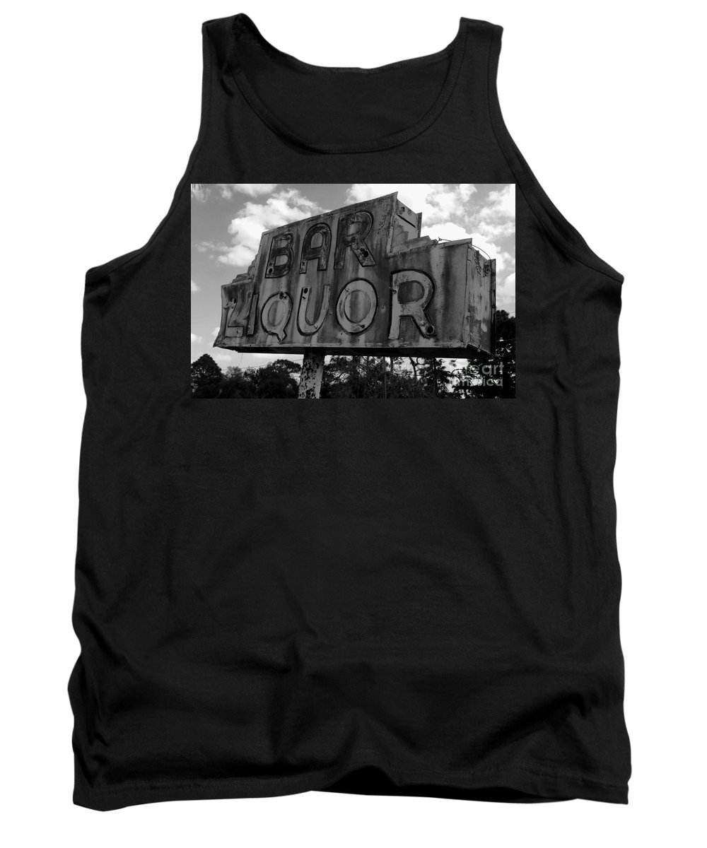 Bar Tank Top featuring the photograph Oasis by David Lee Thompson