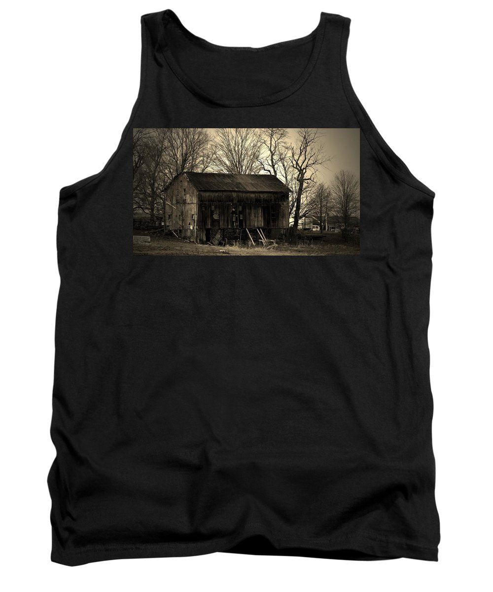 Barn Tank Top featuring the photograph Old Barn-4 by R A W M