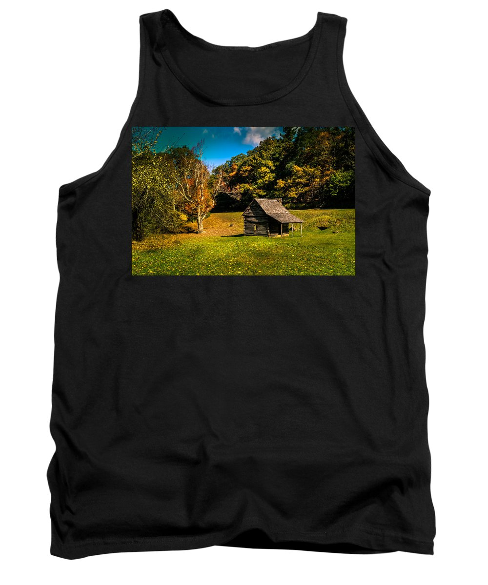 Landscape Tank Top featuring the photograph Old Mountain House by Larry Jones