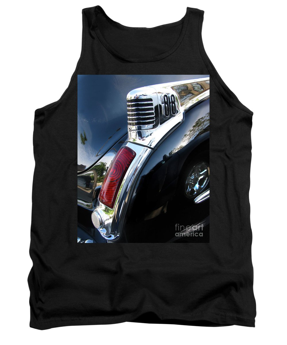Oldsmobile 88 Tank Top featuring the photograph Old's 88 Tailend by Peter Piatt