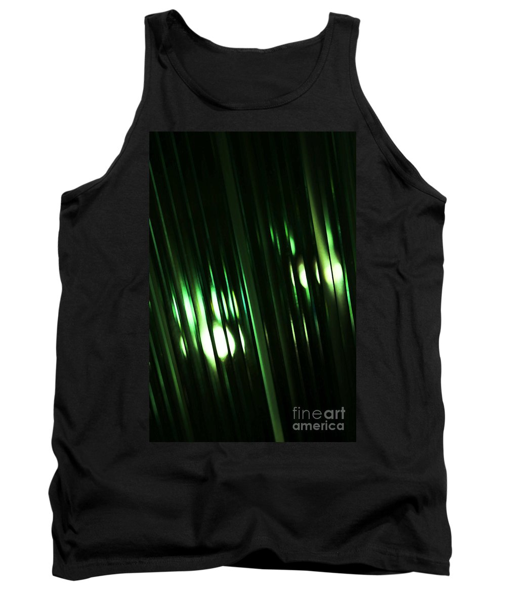 Glass Tank Top featuring the photograph Oz by Linda Shafer