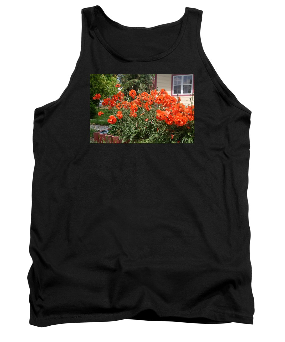 Poppies Tank Top featuring the photograph Poppies In Springtime by Kevin McCain