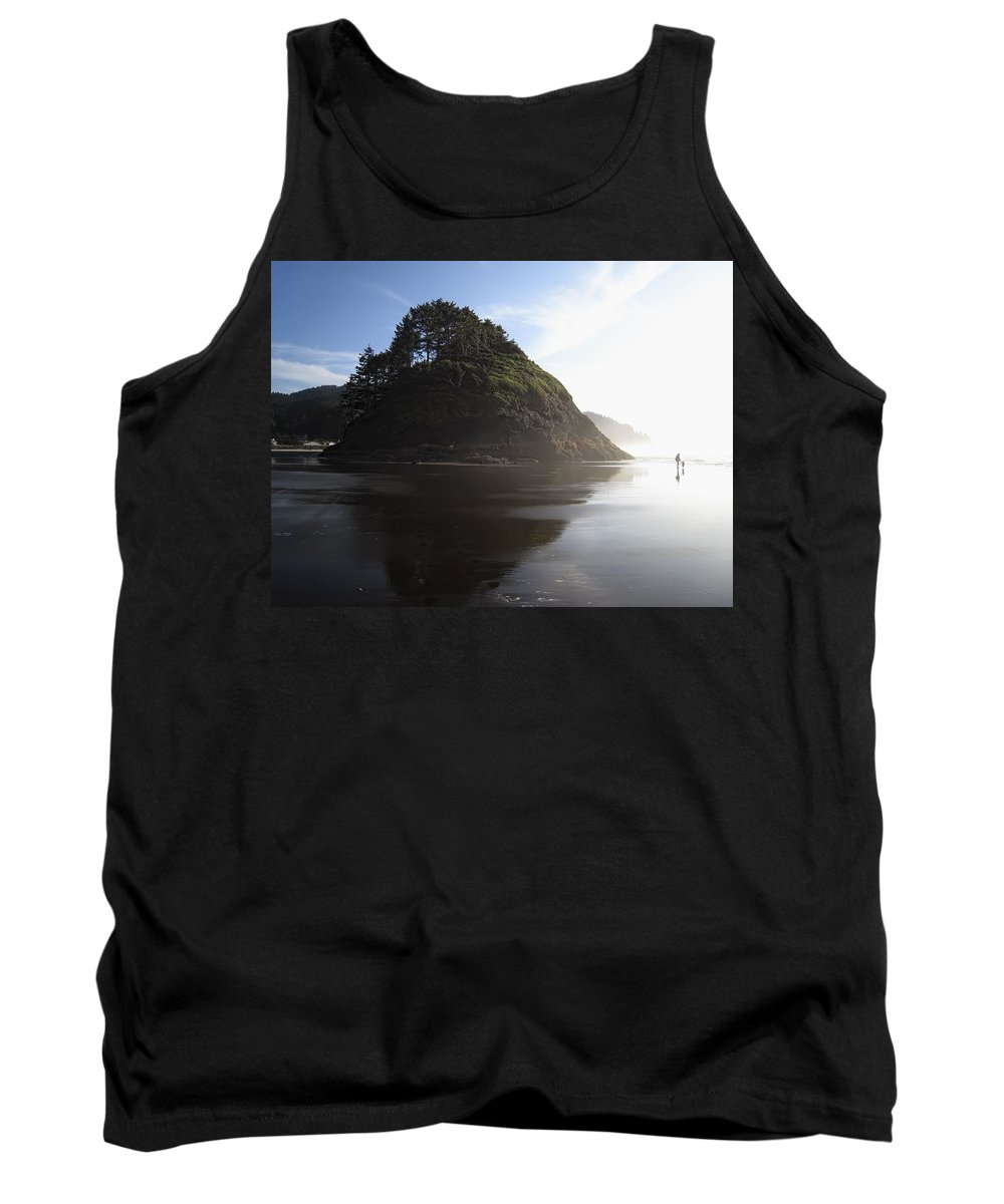 oregon Coast Tank Top featuring the photograph Proposal Rogue Wave Rock - Oregon Coast by Daniel Hagerman
