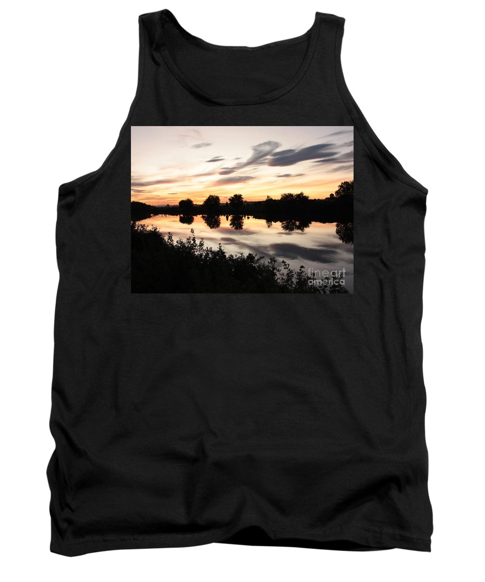 Prosser Tank Top featuring the photograph Prosser Sunset With Riverbank Silhouette by Carol Groenen