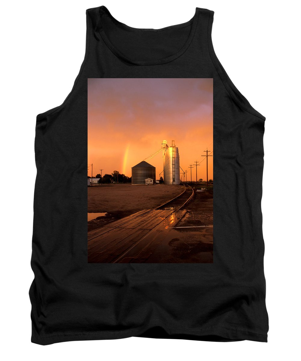 Potter Tank Top featuring the photograph Rainbow In Potter by Jerry McElroy