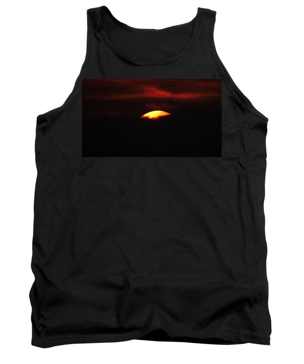 Vivid Sunset Tank Top featuring the photograph Red Sun 2 by Ronald Raymond