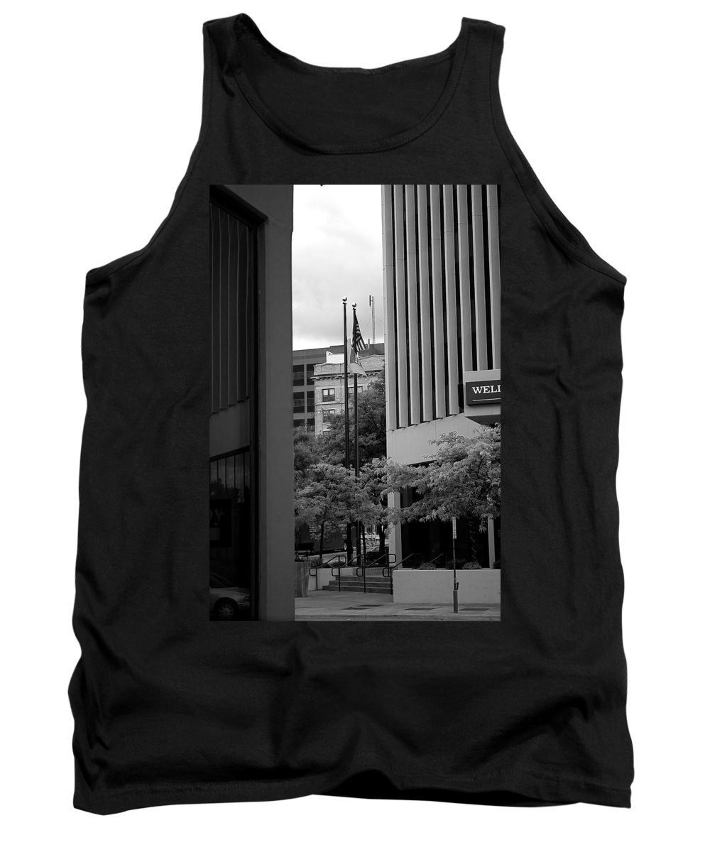 Sioux Falls Tank Top featuring the photograph Refections Old Glory by Mike Oistad
