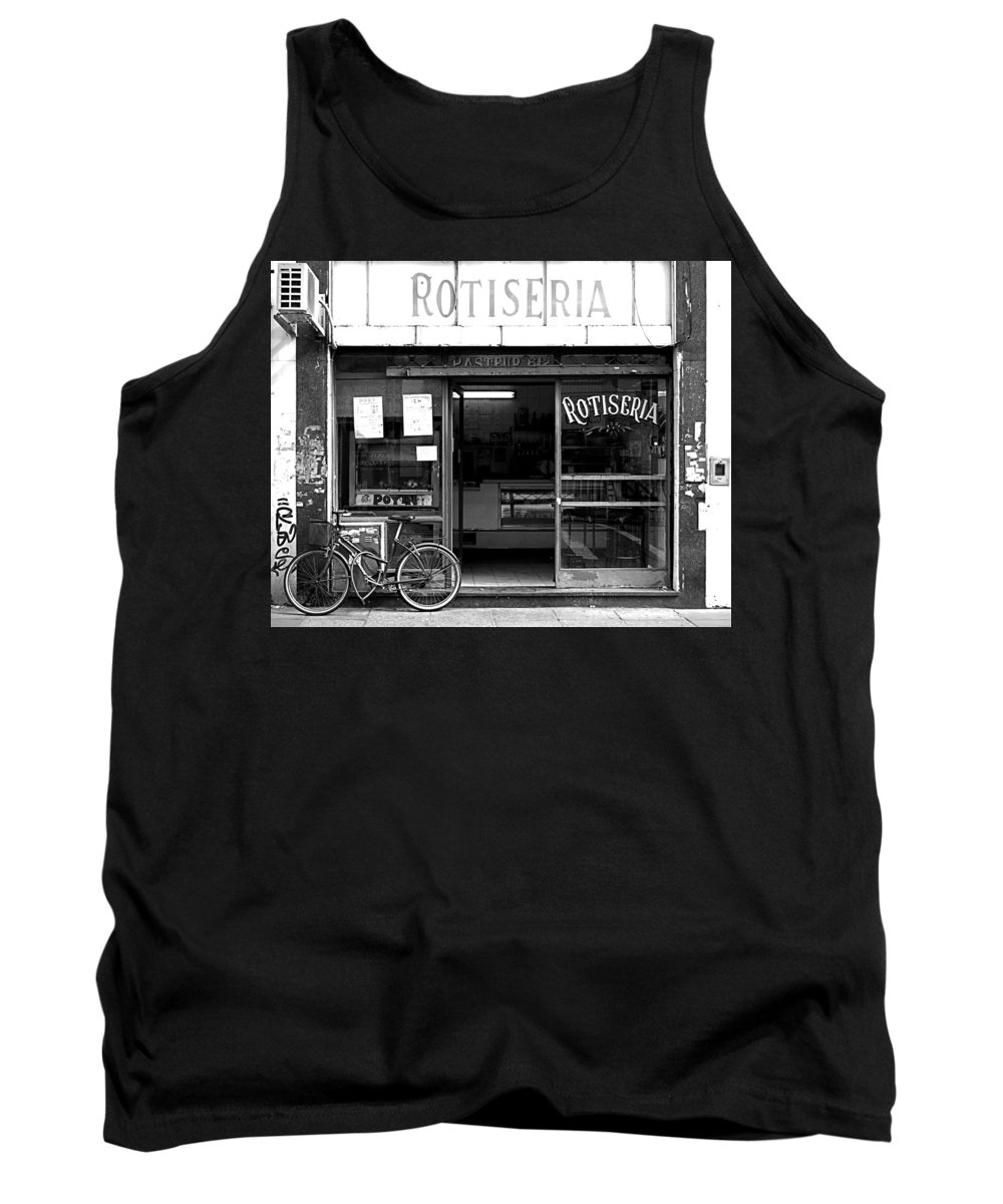 Buenos Aires Tank Top featuring the photograph Rotiseria by Osvaldo Hamer